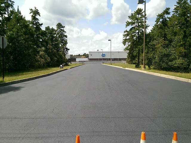 Montgomery County College, Asphalt Sealcoating, Asphalt Pavement Solutions